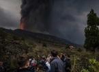 Kanarya Adaları'nda Yüzlerce Evi Lav Altında Bırakan Yanardağdaki Şiddetli Patlamalar Sürüyor
