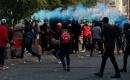 Hükümet karşıtı göstericiler müdahalelere rağmen meydanları boşaltmıyor