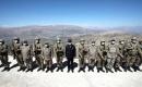 Türkiye Milli Savunma Bakanı Akar ve komutanlar Irak sınır hattındaki birlikleri denetliyor
